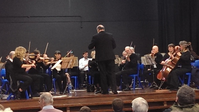 Xen Kelsey harnesses the assembled might of the Ripon Community Orchestra